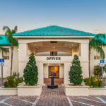 exterior of the Days Inn & Suites by Wyndham Lake Okeechobee front office